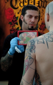 男人和纹身