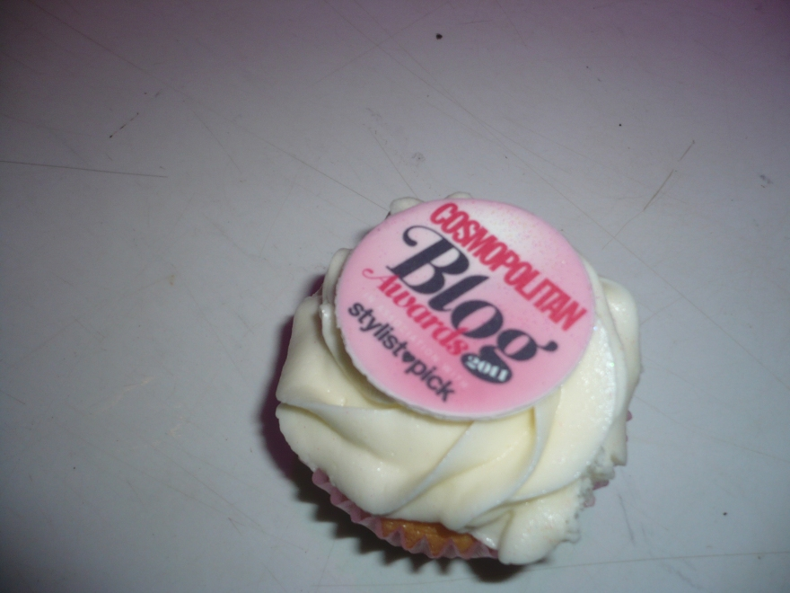 Cosmo cupcake
