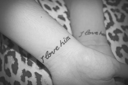 我爱他我爱她的纹身